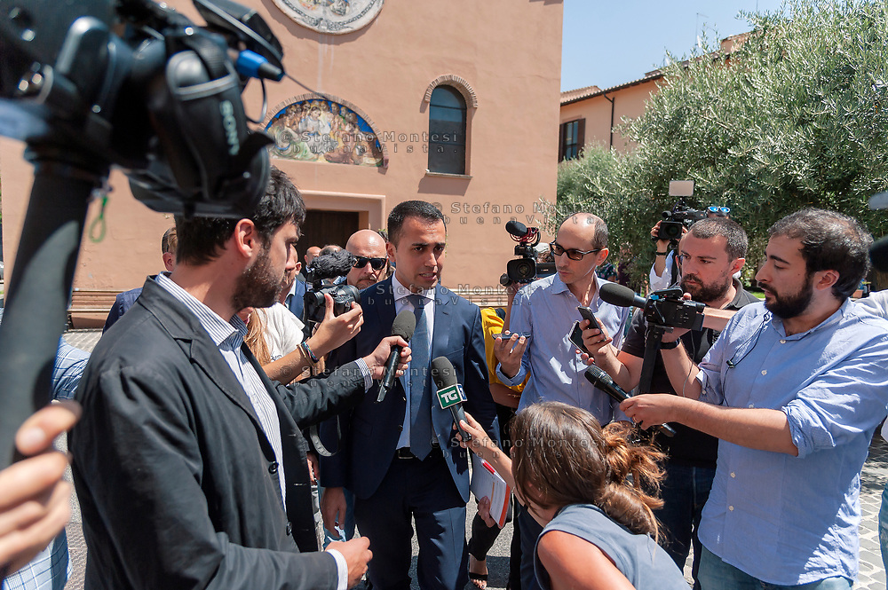 ROME, ITALY - JULY 19:  Luigi Di Maio, Minister of Labour and Economic Development and Vice Premier during a visit to the Citadel of Charity of St Jacinta of Rome and to meet the operators who fight against ludopathyon July 19, 2018 in Rome, Italy. (Photo by Stefano Montesi - Corbis/Getty Images)*** Local Caption ***Luigi Di Maio,