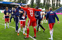 13.12.2012, Stadion, Wiener Neustadt, AUT, 1. FBL, SC Wiener Neustadt vs RB Salzburg, im Bild Sieges Foto Red Bull Salzburg // during the Austrian Bundesliga Match, SC Wiener Neustadt against RB Salzburg, Stadium, Wiener Neustadt near Vienna, Austria on 2012-05-13, EXPA Pictures © 2012, PhotoCredit: EXPA/ S. Woldron