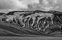 Mountain scenery, at the way Domadalsleid, Iceland - Fjallasýn á Dómadalsleið
