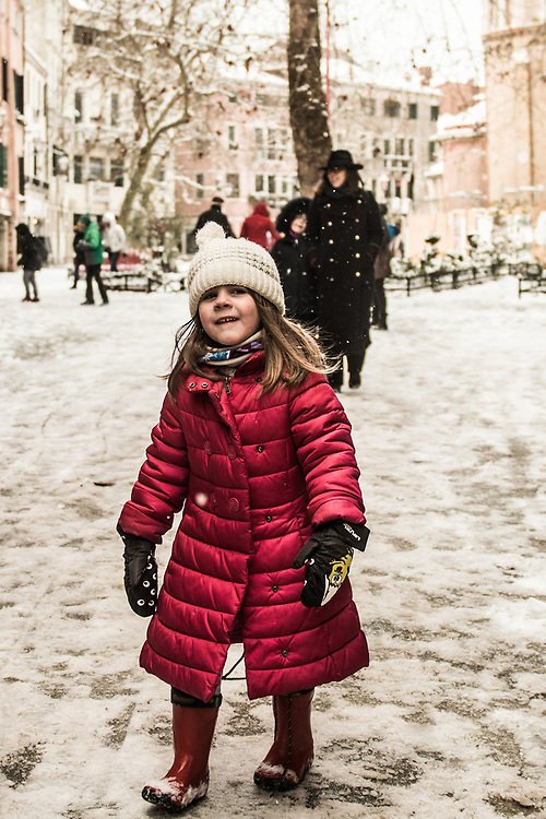 VENICE, ITALY - 28th FEBRUARY/01st MARCH 2018<br /> A little girl walks in the snow after a snowfall in Venice, Italy. A blast of freezing weather called the &ldquo;Beast from the East&rdquo; has gripped most of Europe in the middle of winter of 2018, and in Venice A snowfall has covered the city with white, making it fascinating and poetic for citizen and tourists.   &copy; Simone Padovani / Awakening