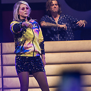 NLD/Amsterdam/20191115 - Chantals Pyjama Party in Ziggo Dome, Tony Junior met Chantal Janzen