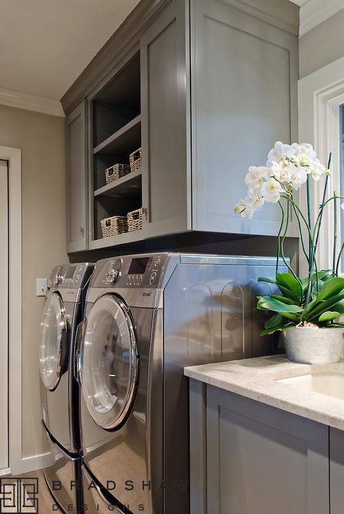 Award-winning Laundry room design in Castle Hills neighborhood San Antonio by Bradshaw Designs!