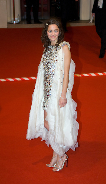 LONDON - FEBRUARY 10: French Actress Marion Cotillard arrives  at the Orange British Academy Film Awards at the Royal Opera House on February 10, 2008 in London, England.