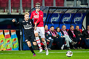 ALKMAAR - 26-10-2016, AZ - FC Emmen, AFAS Stadion, FC Emmen speler Youri Loener , AZ speler Wout Weghorst