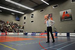 12-02-2011 VOLLEYBAL: AB GRONINGEN/LYCURGUS - DRAISMA DYNAMO: GRONINGEN<br /> In een bomvol Alfa-college Sportcentrum werd Dynamo met 3-2 (25-27, 23-25, 25-19, 25-23 en 16-14) verslagen door Lycurgus / Headcoach Redbad Strikwerda<br /> ©2011-WWW.FOTOHOOGENDOORN.NL