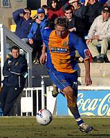 Photo: Dave Linney.<br />Shrewsbury Town v Leyton Orient. Coca Cola League 2. 04/03/2006.Shrewsbury's Dave Edwards