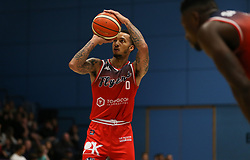 Raphell Thomas-Edwards of Bristol Flyers with the free throw - Photo mandatory by-line: Arron Gent/JMP - 07/12/2019 - BASKETBALL - Surrey Sports Park - Guildford, England - Surrey Scorchers v Bristol Flyers - British Basketball League Championship
