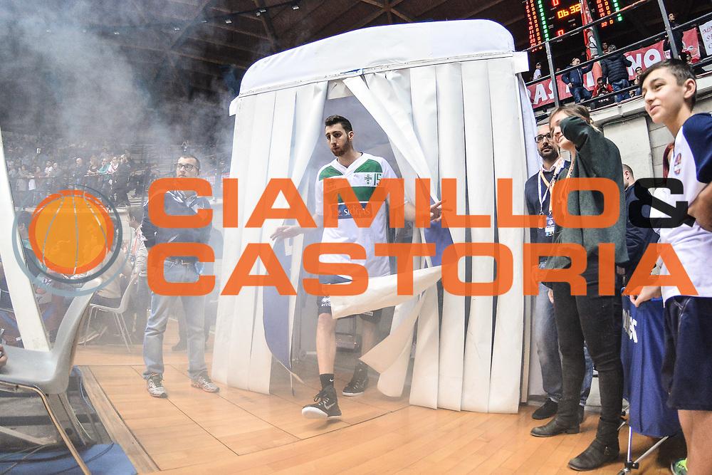 DESCRIZIONE : Final Eight Coppa Italia 2015 Desio Quarti di Finale Olimpia EA7 Emporio Armani Milano - Sidigas Scandone Avellino<br /> GIOCATORE : Marc Trasolini<br /> CATEGORIA : Before Pregame<br /> SQUADRA : Sidigas Scandone Avellino<br /> EVENTO : Final Eight Coppa Italia 2015 Desio<br /> GARA : Olimpia EA7 Emporio Armani Milano - Sidigas Scandone Avellino<br /> DATA : 20/02/2015<br /> SPORT : Pallacanestro <br /> AUTORE : Agenzia Ciamillo-Castoria/L.Canu