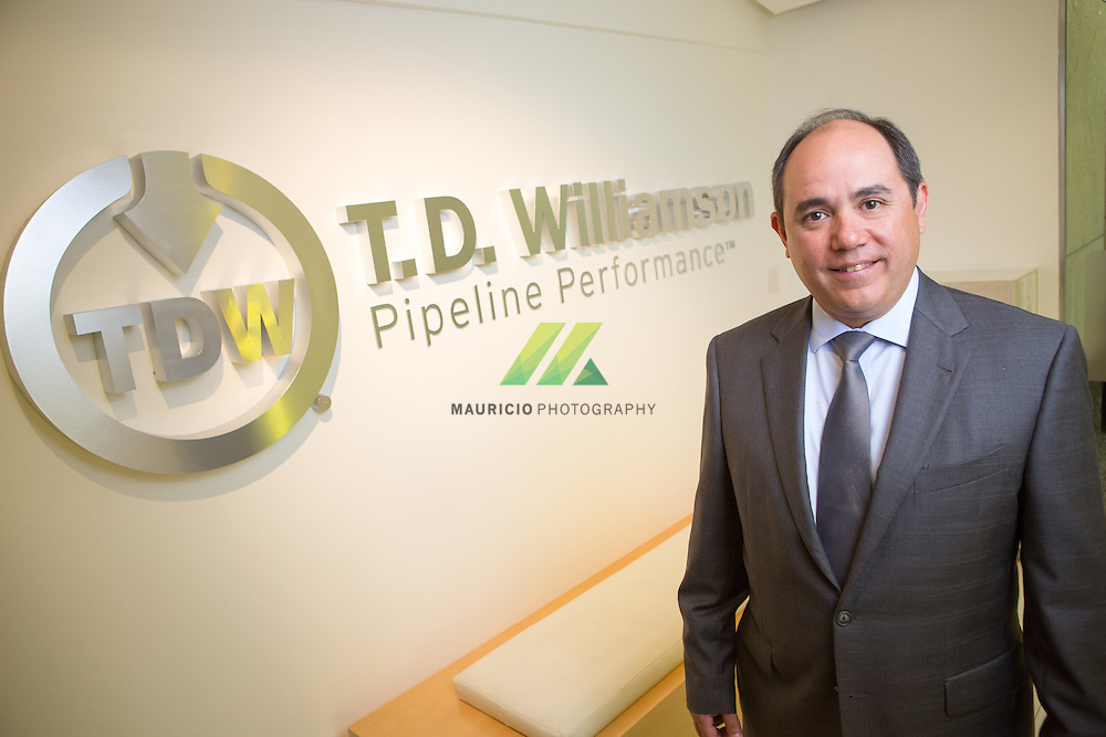 TDW is a global leader in pipeline product and service solutions, providing hot tapping & plugging, pipeline cleaning, geometry & MFL inspection, pigging and non-tethered plugging pig technology services for any pressurized pipeline system, anywhere in the world.