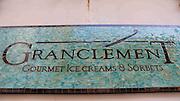 La heladeria Grantclement ubicada en el Casco Antiguo de la ciudad de Panamá, elabora helados y sorbetes utilizando metodos tradicionales de los mejores artesanos franceses al usar solamente materias primas de muy alta calidad en sus productos. Panamá, 11 de julio de 2012. (Victoria Murillo/Istmophoto)