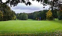 WESTERBURG , DUITSLAND - Hole 8, Golf Club Wiesensee bij Lindner Hotel & Sporting Club Wiesensee in Westerburg (Westerwald). COPYRIGHT KOEN SUYK
