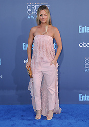 Kaley Cuoco  bei der Verleihung der 22. Critics' Choice Awards in Los Angeles / 111216