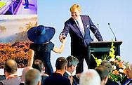 9-11-2016 AUCKLAND - King Willem-Alexander and Queen Maxima of The Netherlands attend the trace lunch at the Hilton Hotel in Auckland, New Zealand, 9 November 2016. The Dutch King and Queen are in New Zealand for an 3 day state visit. COPYRIGHT ROBIN UTRECHT koning willem alexander en koningin maxima brengen een 3 daags staatsbezoek aan nieuw-zeeland nieuw zeeland Trade lunch