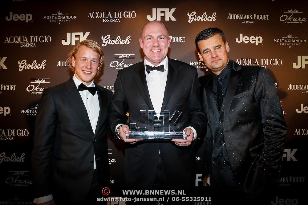 NLD/Amsteram/20121025- JFK Greatest Man 2012, uitreiking, Epke Zonderland, winnaar Andre Kuipers en Wilfred Genee