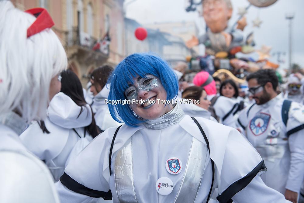 Luca Bertozzi. Extras during the parade