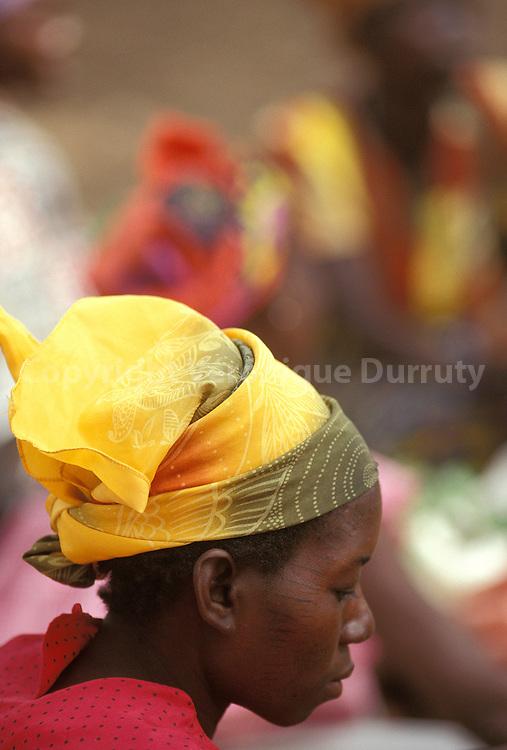 JEUNE FEMME DU PAYS BOBO, ETHNIE NOUNOUMA, BURKINA FASO
