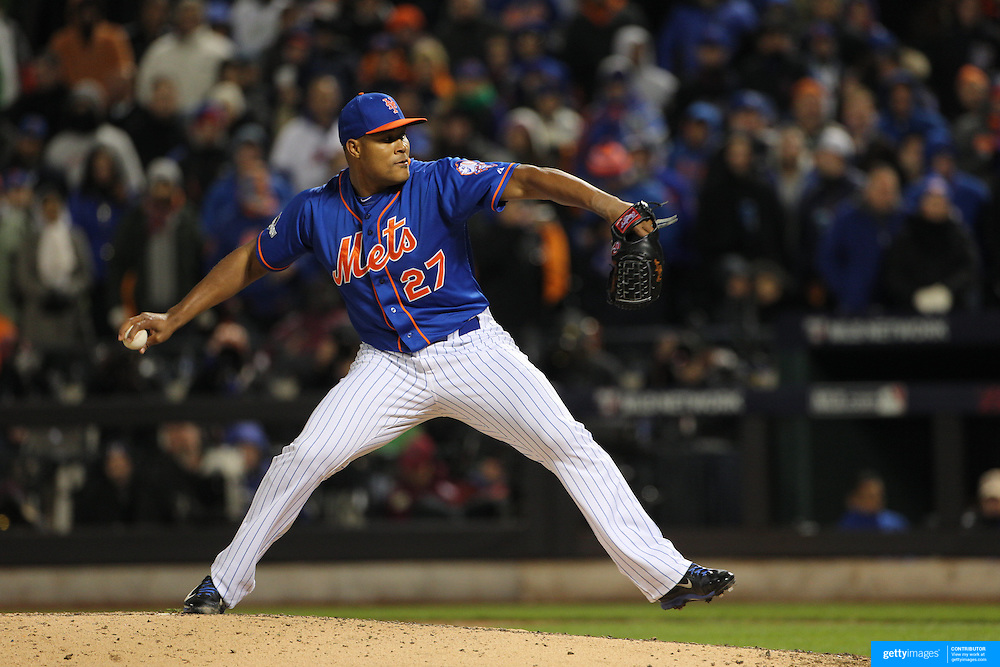 Closer Jeurys Familia, New York Mets, pitching during the MLB NLCS Playoffs game two, Chicago Cubs vs New York Mets at Citi Field, Queens, New York. USA. 18th October 2015. Photo Tim Clayton