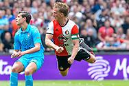 14-05-2017: Voetbal: Feyenoord v Heracles Almelo: Rotterdam<br /> <br /> (L-R) Feyenoord speler Dirk Kuyt scoort de 2-0 tijdens het Eredivisie duel tussen Feyenoord en Heracles Almelo op 14 mei 2017 in stadion Feyenoord (de Kuip)<br /> <br /> Eredivisie - Seizoen 2016 / 2017<br /> <br /> Foto: Gertjan Kooij