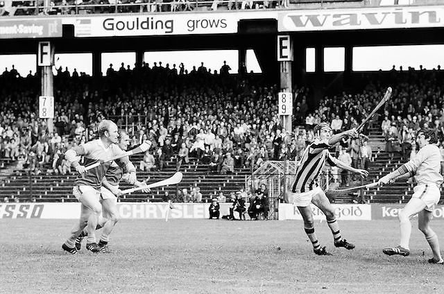 Three Wexford players come in to challenge a Kilkenny for the slitor as it falls from the sky during the All Ireland Senior Leinster Hurling Final Kilkenny v Wexford at Croke Park on the 24th of July 1977. Wexford 3-17 Kilkenny 3-14.