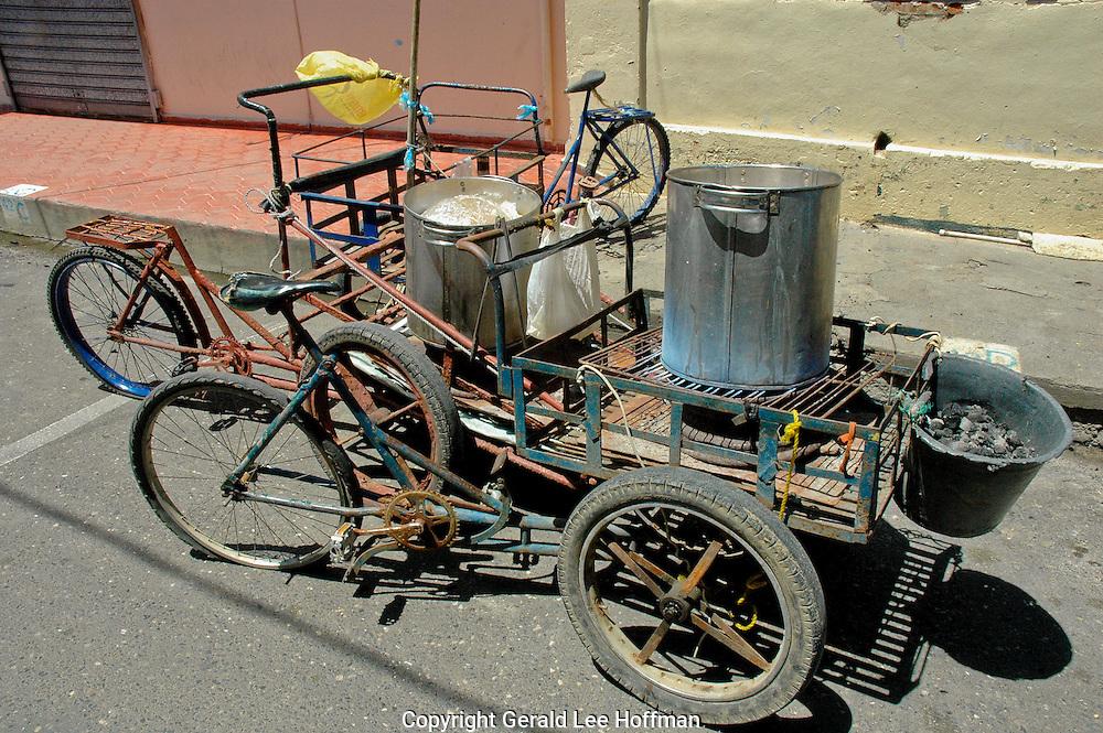 Vendors cart in Santiago, Dominican Republic.
