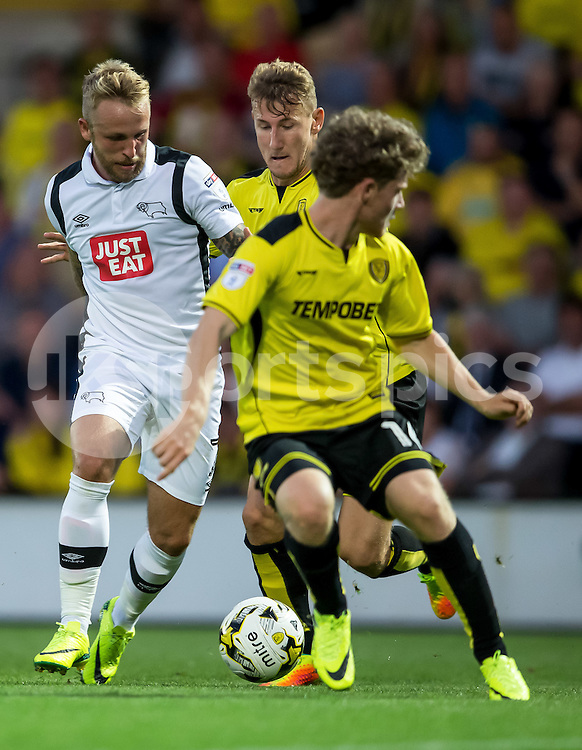 Johnny Russell of Derby County tries to unlock the Burton defence during the EFL Sky Bet Championship match between Burton Albion and Derby County at the Pirelli Stadium, Burton upon Trent, England on 26 August 2016. Photo by James Williamson.