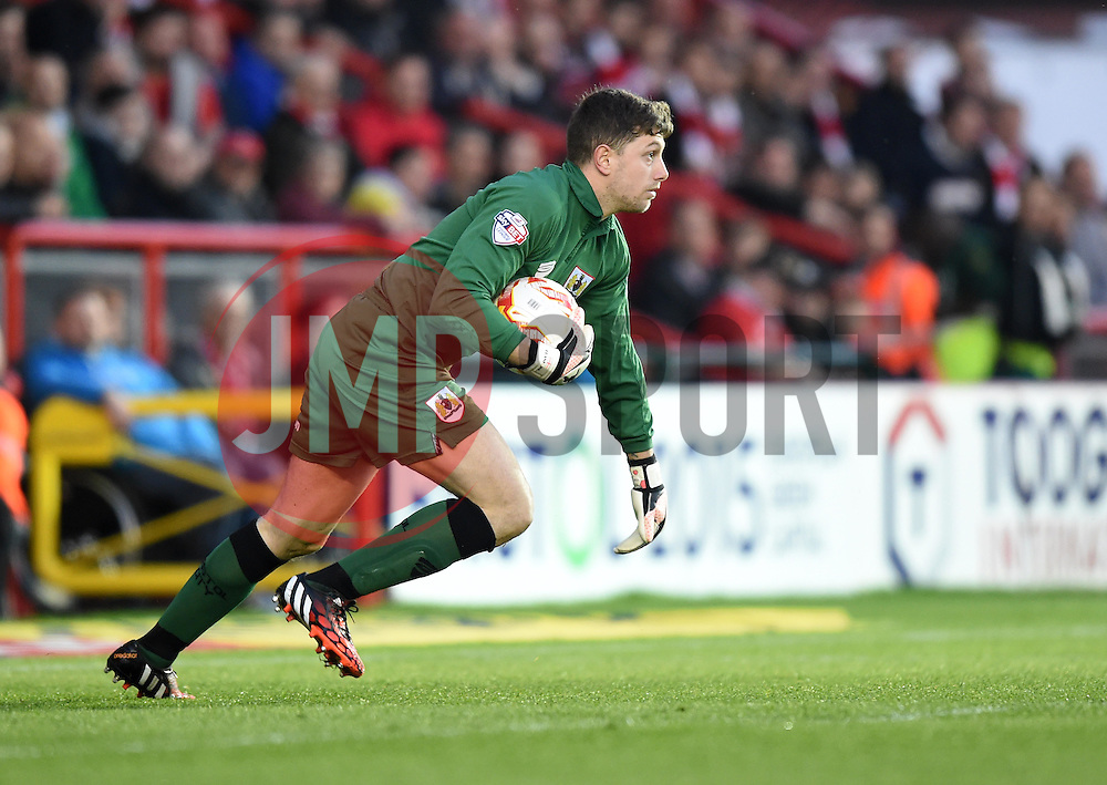 Bristol City goalkeeper, Frank Fielding in action during the Sky Bet League One match between Bristol City and Swindon Town at Ashton Gate on 7 April 2015 in Bristol, England - Photo mandatory by-line: Paul Knight/JMP - Mobile: 07966 386802 - 07/04/2015 - SPORT - Football - Bristol - Ashton Gate Stadium - Bristol City v Swindon Town - Sky Bet League One