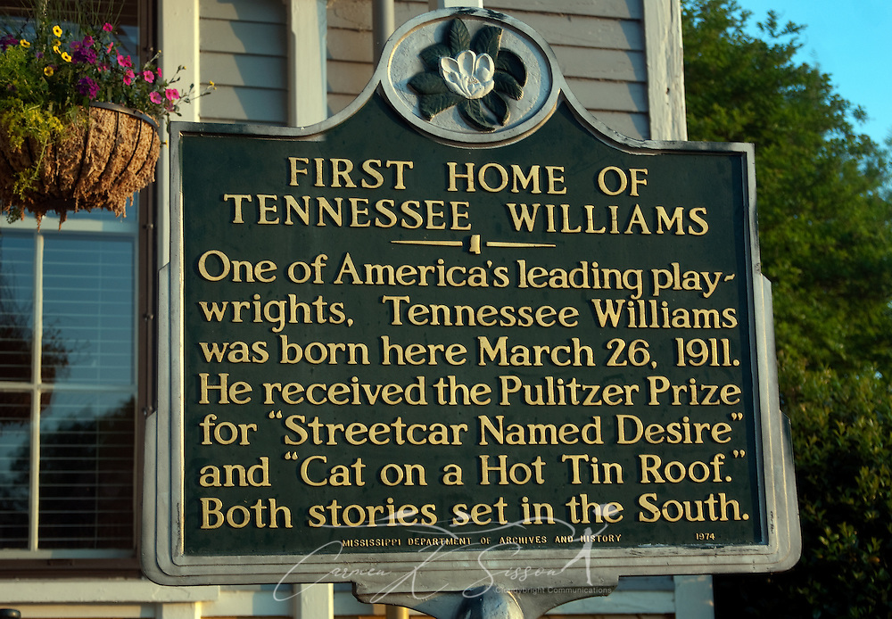 A historic marker stands outside the Tennessee Williams Welcome Center in Columbus, Miss. The Welcome Center is located in the house where the Pulitzer Prize-winning playwright was born in 1911. (Photo by Carmen K. Sisson/Cloudybright)