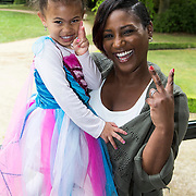 NLD/Baarn/20140423 - Perspresentatie Prinsessia, Edsilia Rombley en dochter Imaani