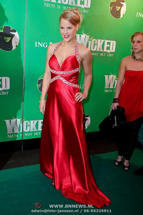 NLD/Scheveningen/20111106 - Premiere musical Wicked, Petra Smits