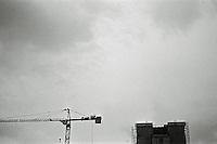 Ålesund 20111113. Mørke skyer over rådhuset i Ålesund. Rådhuset er for tiden under oppussing.<br /> Foto: Svein Ove Ekornesvåg