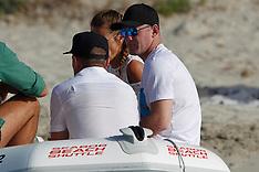 Spain: Wayne Rooney & Coleen Rooney on holiday - 24 June 2017