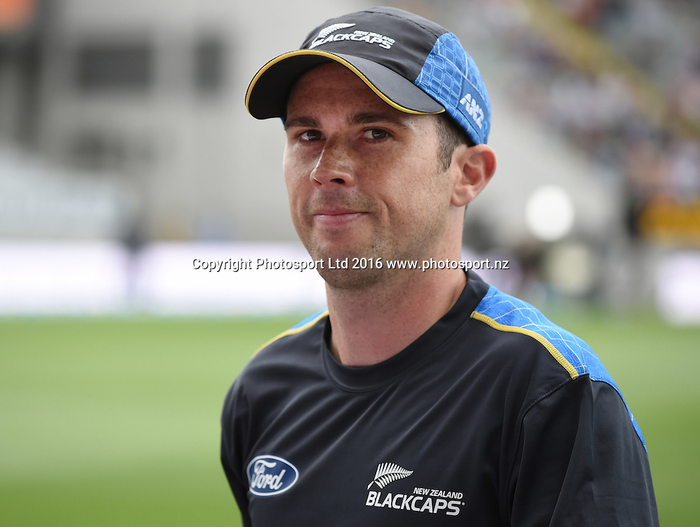 Todd Astle on debut at the Twenty20 match between New Zealand Black Caps and Pakistan at Eden Park in Auckland, New Zealand. Friday 15 January 2016. Copyright photo: Andrew Cornaga / www.photosport.nz
