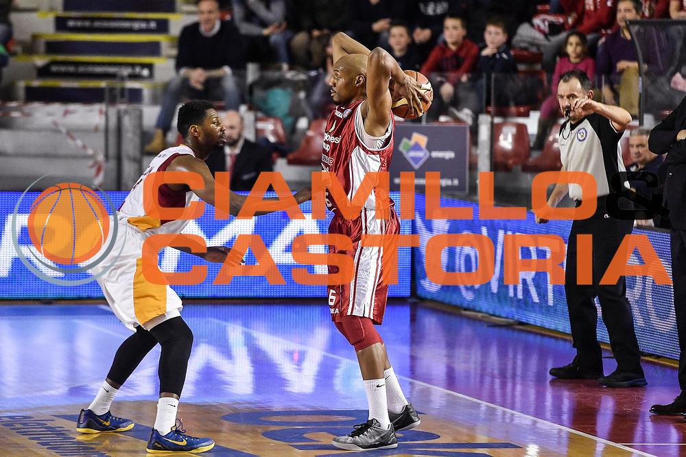 DESCRIZIONE : Campionato 2014/15 Virtus Acea Roma - Giorgio Tesi Group Pistoia<br /> GIOCATORE : C.J. Williams<br /> CATEGORIA : Passaggio Controcampo<br /> SQUADRA : Giorgio Tesi Group Pistoia<br /> EVENTO : LegaBasket Serie A Beko 2014/2015<br /> GARA : Dinamo Banco di Sardegna Sassari - Giorgio Tesi Group Pistoia<br /> DATA : 22/03/2015<br /> SPORT : Pallacanestro <br /> AUTORE : Agenzia Ciamillo-Castoria/GiulioCiamillo<br /> Predefinita :