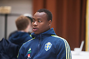 HELSINGBORG , 2017-06-07: Carlos Strandberg blir intervjuad efter U21 landslagets tr&auml;ning p&aring; Olympia, Helsingborg den 7 juni.<br /> Foto: Nils Petter Nilsson/Ombrello<br /> Fri anv&auml;ndning f&ouml;r kunder som k&ouml;pt U21-paketet, annars betalbild.<br /> ***BETALBILD***