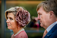 11-10-2017 LISSABON -  Bezoek aan Champalimaud Centre (for the Unknown) Universiteit <br />  koningin maxima en koningin Willem Alexander voor een 3 daags staatsbezoek aan Portugal  Copyright Robin Utrecht  Staatsbezoek , Portugal , koningin ,maxima , koning ,Willem Alexander , Willem-alexander , <br /> <br /> 11-10-2017 LISBON - Visit to the Champalimaud Center (for the Unknown) University<br /> &nbsp; Queen Maxima and Queen Willem Alexander for a 3 day state visit to Portugal Copyright Robin Utrecht State Visit, Portugal, Queen, Maxima King, Willem Alexander, Willem Alexander,