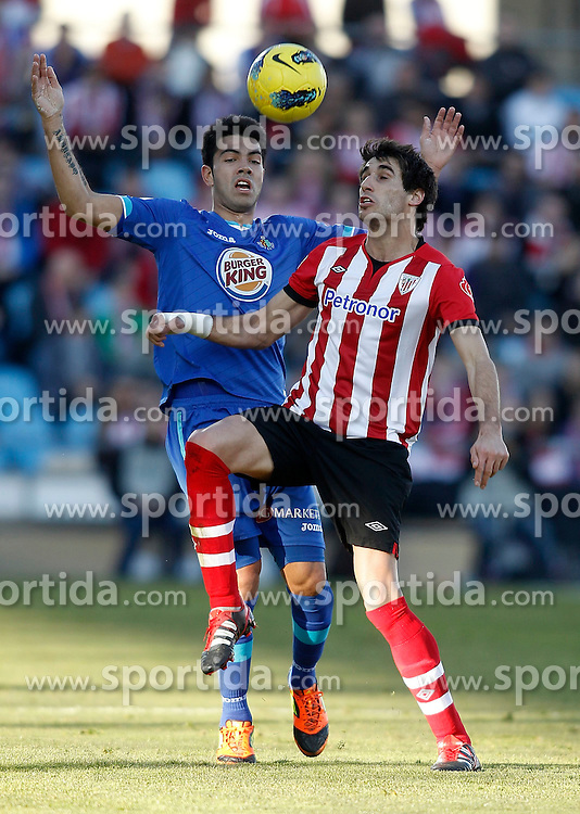 08.01.2012, Stadion Coliseum Alfonso Perez, Getafe, ESP, Primera Division, FC Getafe vs Athletic Bilbao, 18. Spieltag, im Bild Getafe's Miku against Athletic de Bilbao's Javier Martinez // during the football match of spanish 'primera divison' league, 18th round, between FC Getafe and Athletic Bilbao at Coliseum Alfonso Perez stadium, Getafe, Spain on 2012/01/08. EXPA Pictures © 2012, PhotoCredit: EXPA/ Alterphotos/ Alvaro Hernandez..***** ATTENTION - OUT OF ESP and SUI *****