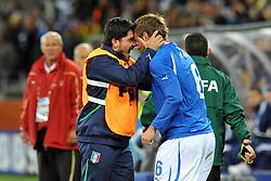 Football - soccer: FIFA World Cup South Africa 2010, Italy (ITA) - Paraguay (PRY), LA GIOIA DI IVAN GENNARO GATTUSO A DANIELE DE ROSSI DOPO IL SUO GOL