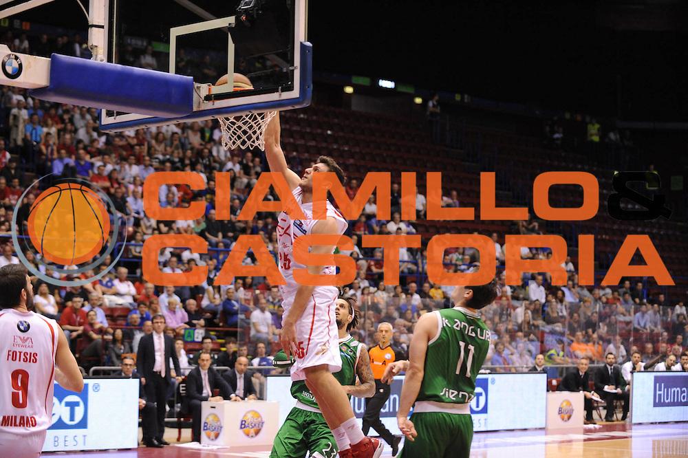 DESCRIZIONE : Milano Lega A 2012-13 Play Off Quarti di Finale Gara2 EA7 Olimpia Armani Milano Montepaschi Siena<br /> GIOCATORE : Alessandro Gentile<br /> CATEGORIA : schiacciata<br /> SQUADRA : EA7 Olimpia Armani Milano Montepaschi Siena<br /> EVENTO : Campionato Lega A 2012-2013 Play Off Quarti di Finale Gara2<br /> GARA : EA7 Olimpia Armani Milano Montepaschi Siena<br /> DATA : 12/05/2013<br /> SPORT : Pallacanestro<br /> AUTORE : Agenzia Ciamillo-Castoria/M.Marchi<br /> Galleria : Lega Basket A 2012-2013<br /> Fotonotizia : Milano Lega A 2012-13 EA7 Olimpia Armani Milano Montepaschi Siena<br /> Predefinita :