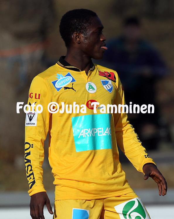 22.4.2012, Tehtaan kentt, Valkeakoski..Veikkausliiga 2012..FC Haka - IFK Mariehamn..Saihou Jagne - IFK Mhamn