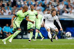 Luka Modric of Real Madrid crosses - Mandatory byline: Rogan Thomson/JMP - 04/05/2016 - FOOTBALL - Santiago Bernabeu Stadium - Madrid, Spain - Real Madrid v Manchester City - UEFA Champions League Semi Finals: Second Leg.