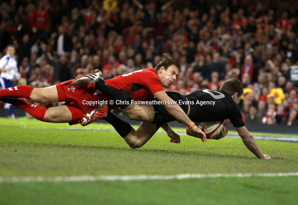 22.11.14 - Wales v New Zealand - Dove Men Series 2014 - Beauden Barrett of New Zealand runs in to score a try.<br /> <br /> &copy; Huw Evans Picture Agency