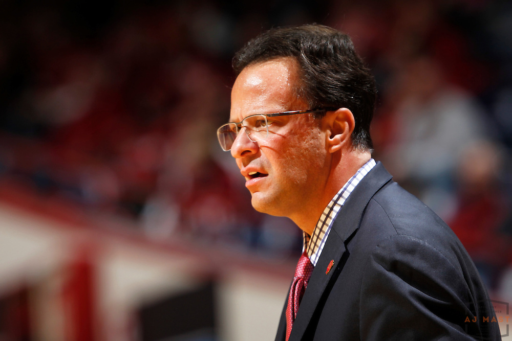 Indiana head coach Tom Crean as Indiana played Mississippi Valley State in an NCCA college basketball game, Friday, Nov. 14, 2014 in Bloomington, Ind.. (AJ Mast /Photo)