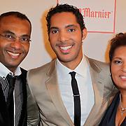 NLD/Amsterdam/20120204 - 30ste Verjaardag Richy Brown, Richy met vader gerald Brown en moeder Ann Vries
