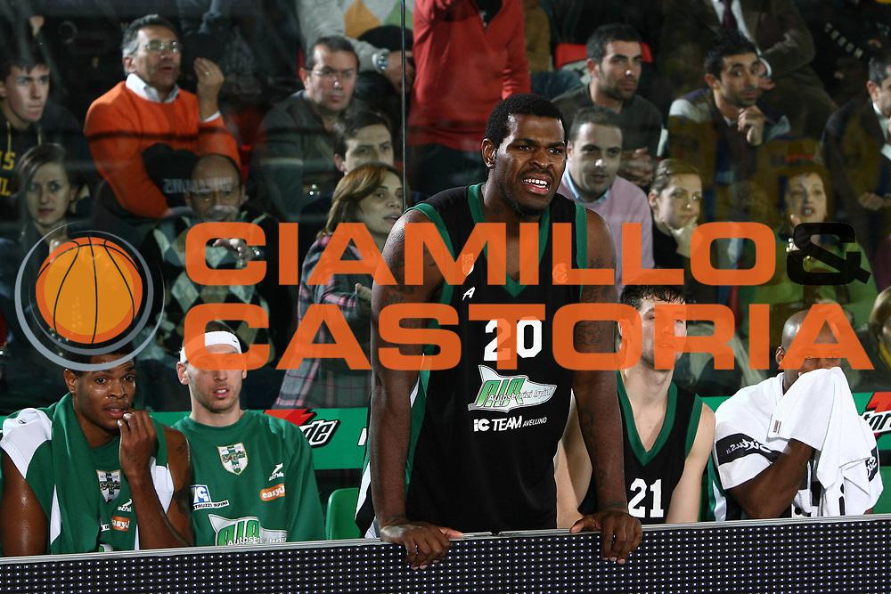 DESCRIZIONE : Avellino Eurolega 2008-09 Air Avellino Maccabi Electra Tel Aviv<br /> GIOCATORE : Eric Williams<br /> SQUADRA : Air Avellino<br /> EVENTO : Eurolega 2008-2009<br /> GARA : Air Avellino Maccabi Electra Tel Aviv<br /> DATA : 11/12/2008 <br /> CATEGORIA : ritratto delusione<br /> SPORT : Pallacanestro <br /> AUTORE : Agenzia Ciamillo-Castoria/E.Castoria
