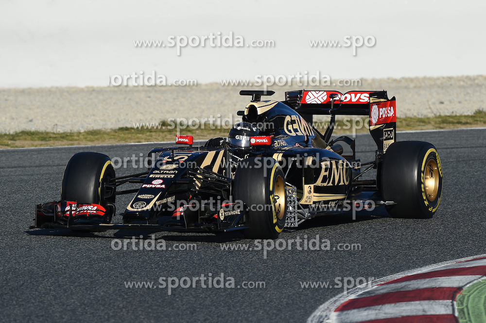 28.02.2015, Circuit de Catalunya, Barcelona, ESP, FIA, Formel 1, Testfahrten, Barcelona, Tag 3, im Bild Romain Grosjean (FRA) Lotus E23 Hybrid // during the Formula One Testdrives, day three at the Circuit de Catalunya in Barcelona, Spain on 2015/02/28. EXPA Pictures &copy; 2015, PhotoCredit: EXPA/ Sutton Images/ Mark Images<br /> <br /> *****ATTENTION - for AUT, SLO, CRO, SRB, BIH, MAZ only*****