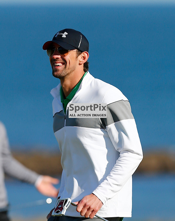 Alfred Dunhill Links Championship..Michael Phelps playing to the crowd at Kingsbarns...(c) STEPHEN LAWSON   StockPix.eu