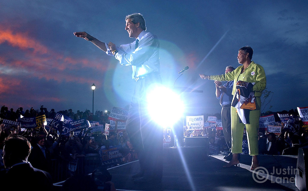 United States Senator and Democratic Candidate for President John Kerry (C) addresses a crowd at an early vote rally at the Barnett Park Recreation Center in Orlando, FL Monday, 18 Oct, 2004. Kerry is campaigning in Florida today...EPA/JUSTIN LANE
