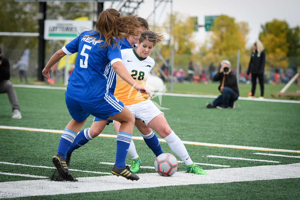 3rd year forward Sydney Langen (28) of the Regina Cougars during the Women's Soccer Homeopener on September 16 at U of R Field. Credit: Arthur Ward/Arthur Images