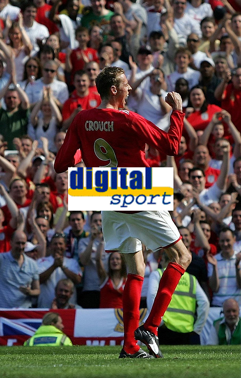 Photo: Paul Thomas.<br /> England v Jamaica. International Friendly. 03/06/2006.<br /> <br /> Peter Crouch celebrates his third goal.