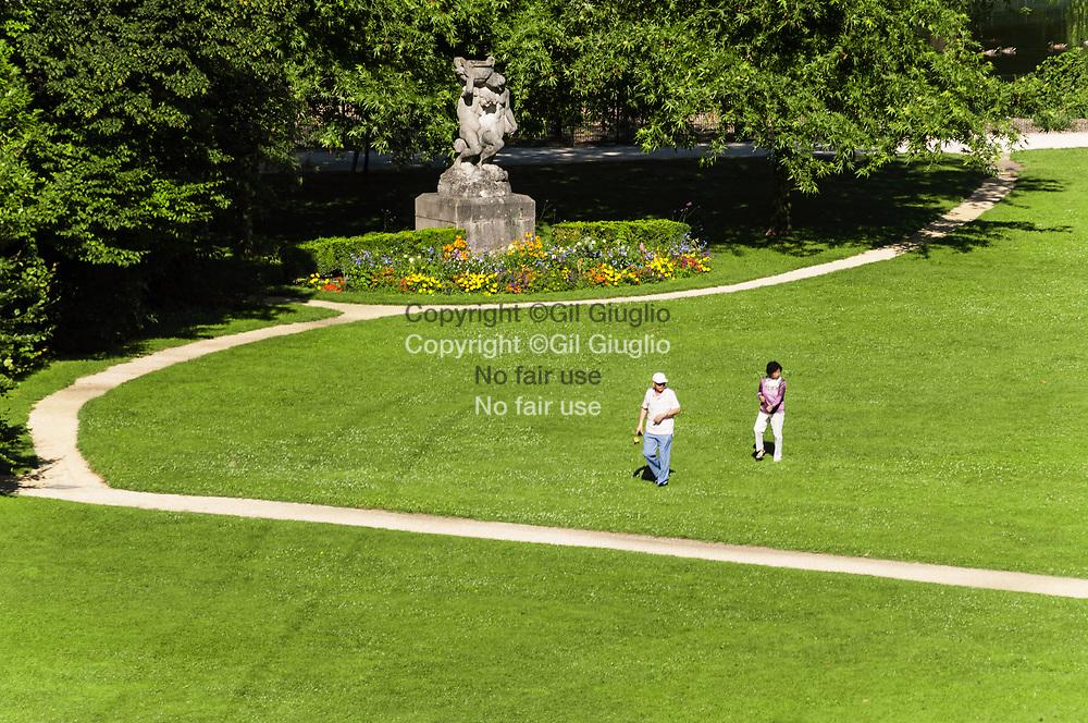 France, Auvergne-Rhône-Alpes, Drôme (26), centre-ville de Valence, Parc Jouvet // France,  Auvergne Rhone Alpes region, department of Drome, downtown, Valence city, Jouvet park